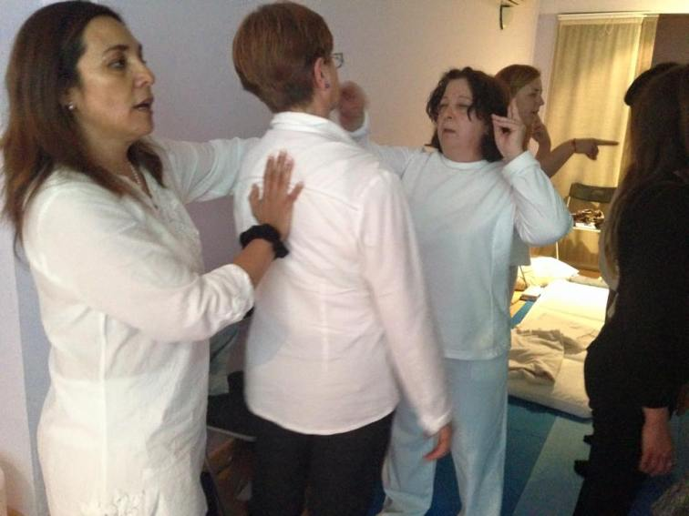 milagros herrera medium espiritual terapeutico sanacion barcelona mudras (37)