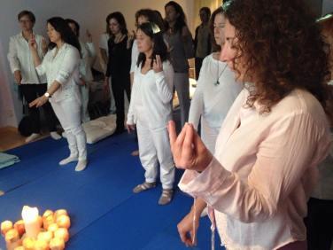milagros herrera medium espiritual terapeutico sanacion barcelona mudras (58)