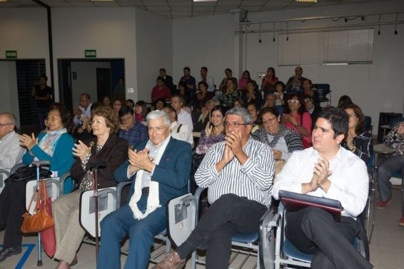 milagros herrera un puente entre dimensiones superiores medium espiritual terapeutico canal barcelona peru (65)